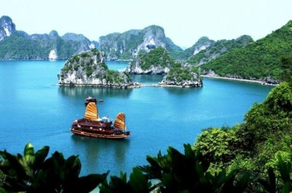 4-Day Halong Bay Cruise From Hanoi