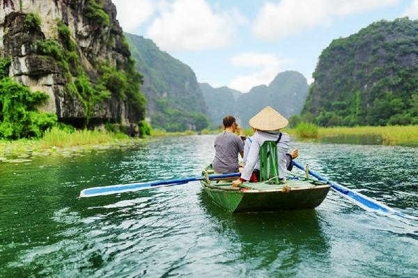 5-Day Halong Bay Cruise & Ninh Binh Tour From Hanoi