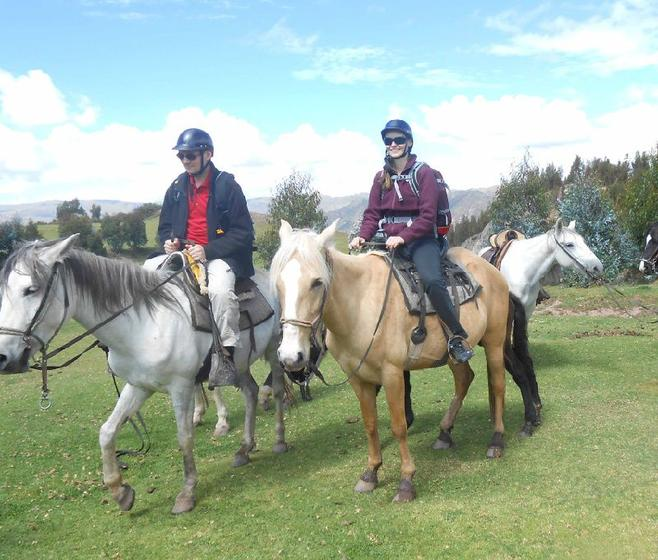 Temple of the Moon Horse Riding Tour