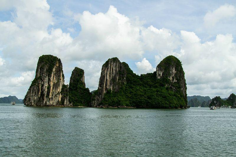 10-Day South to North Vietnam Tour