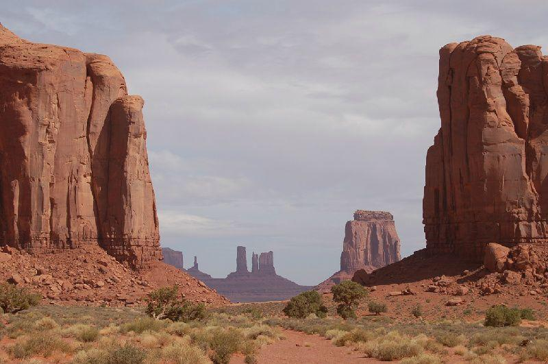 Monument Valley & Grand Canyon Airplane Tour From Las Vegas