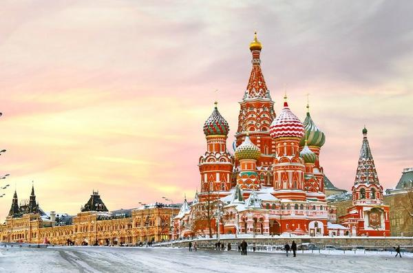 20-Day Eastern Europe Tour Package: Moscow to Prague