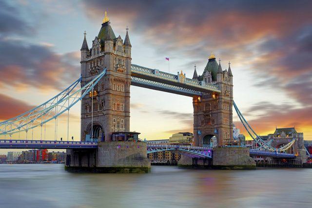 Morning London Open Top Bus Tour + Thames River Cruise