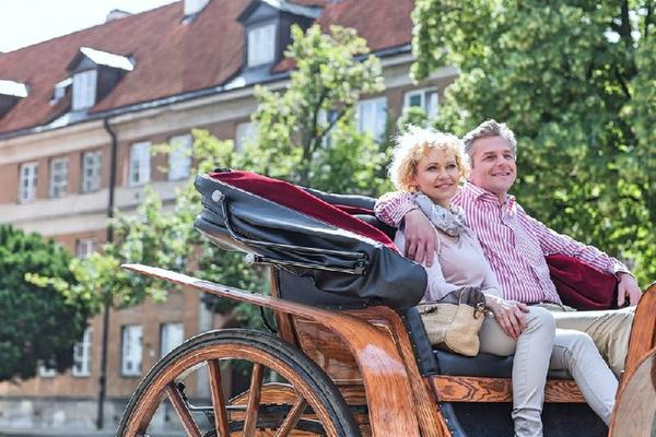 Private Customised Banff Horse-Drawn Carriage Ride