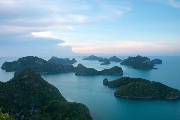 Angthong Marine Park Adventure with Snorkeling