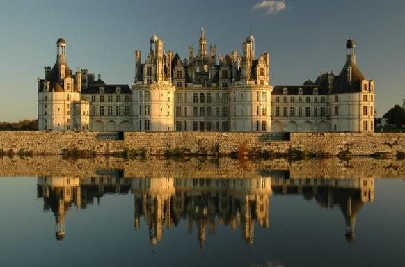 Loire Valley Day Trip from Paris: Chambord - Chenonceau - Cheverny