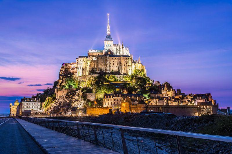 3-Day Normandy and Loire Valley Tour w/ Mont Saint-Michel and Saint-Malo