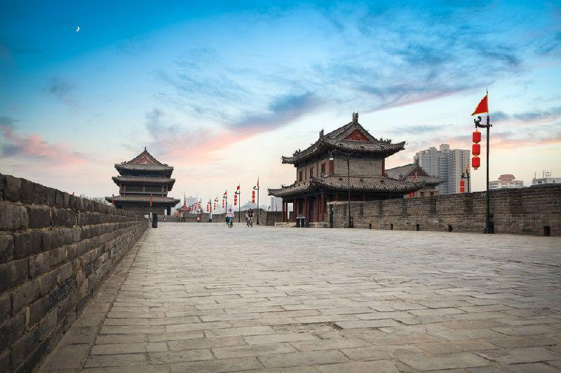Private Xi'an City Wall Walking Tour W/ Foot Massage