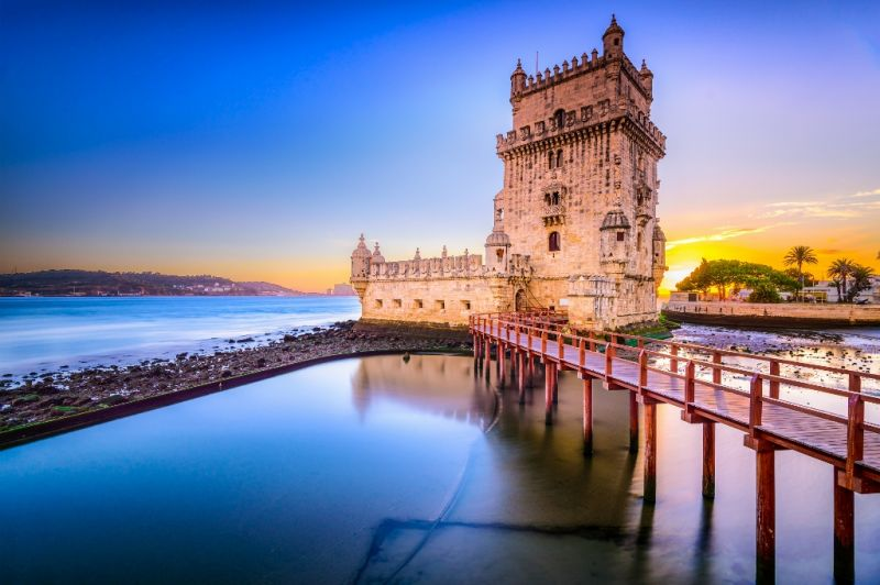 3-Hour Belem Small Group Walking Tour**Monument to the Discoveries | Los Jeronimos Monastery | Tower of Belem**