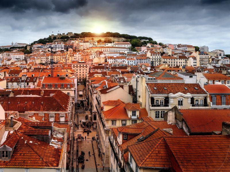 Lisbon Baixa Small Group Walking Tour**Jardim das Amoreiras   Principe Real   Rossio Square   Bairro Alto**