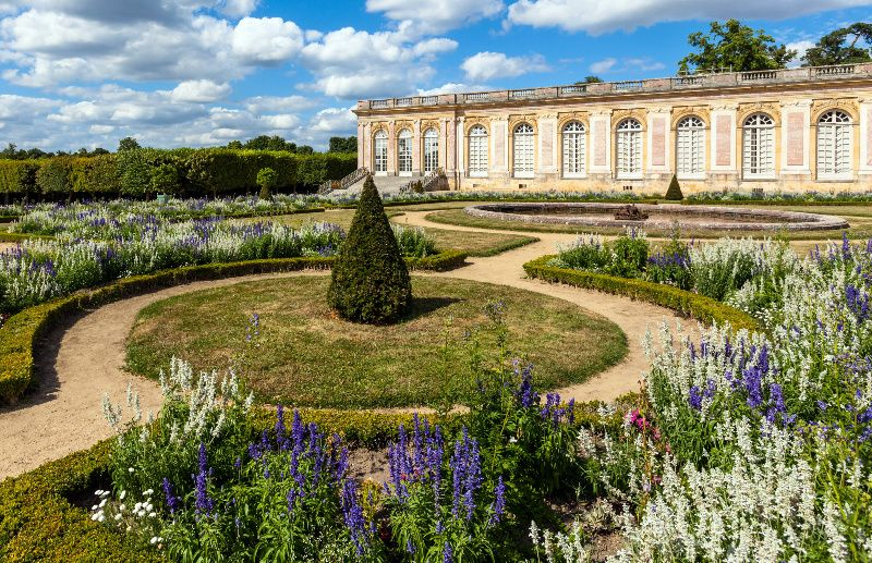 Small Group Tour of Versailles Palace and Trianons**Lunch at La Petite Venise along the Grand Canal**