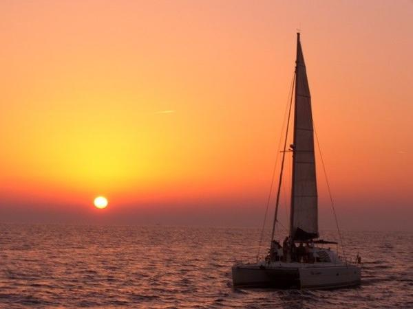 Deluxe Santorini Sunset Cruise**Small Group**