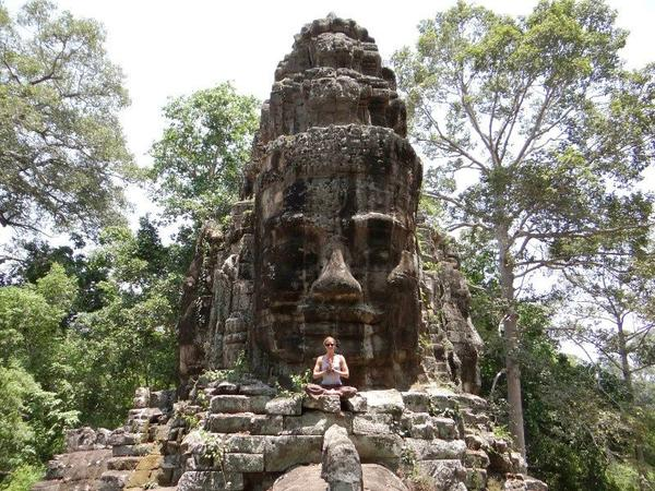 5-Day Angkor Wat Tour From Phnom Penh