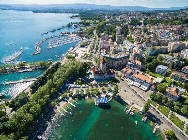 Private Montreux Day Trip From Geneva**Small Group**