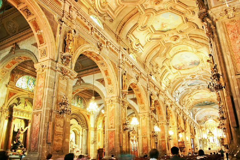 3-Day Deluxe Santiago Tour**Downtown Hotel**