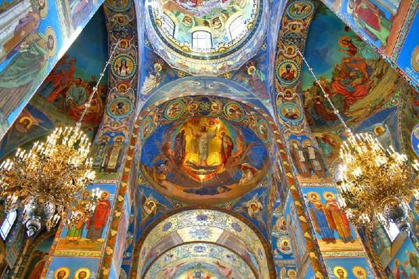 Saint Petersburg City Tour w/ Church of the Savior on Blood