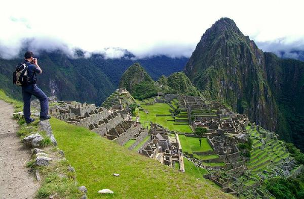 11-Day Mysteries of South America Tour**Ecuador & Peru**<br>** Quito to Lima**