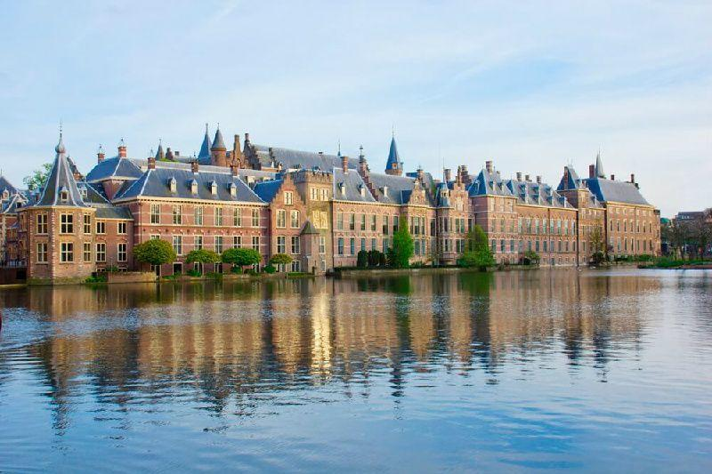 Delft, The Hague and Madurodam Half Day Trip from Amsterdam
