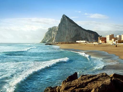 Private Gibraltar and Vejer Day Trip from Seville