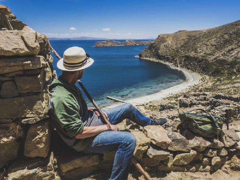 6-Day Bolivia Tour: La Paz - Uyuni Salt Flats - Lake Titicaca