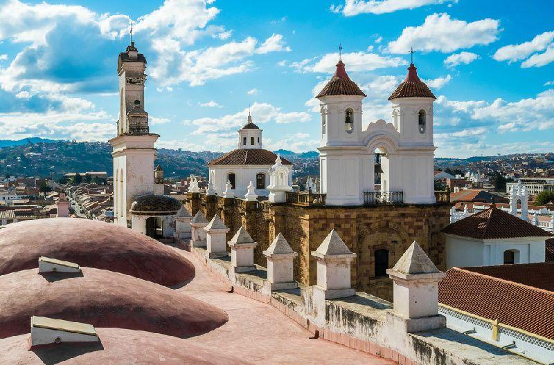 10-Day Diverse Bolivia Tour From La Paz: Sucre - Potosi - Uyuni Salt Flats - Lake Titicaca