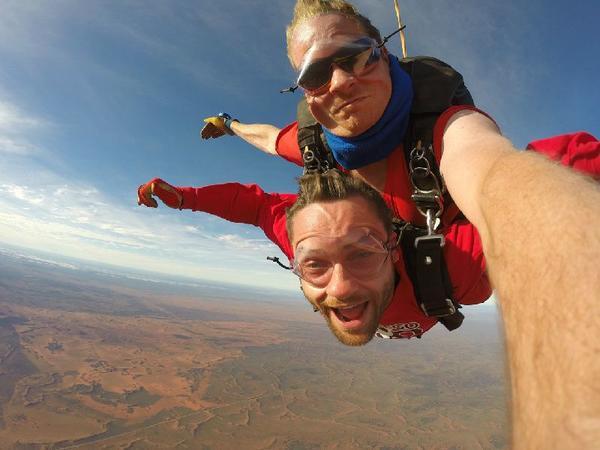 Ayers Rock Sunrise Skydive - 12,000 Feet Tandem