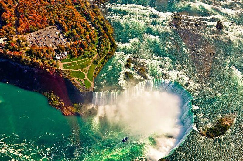 2-Day Niagara Falls and Thousand Islands Tour from Philadelphia