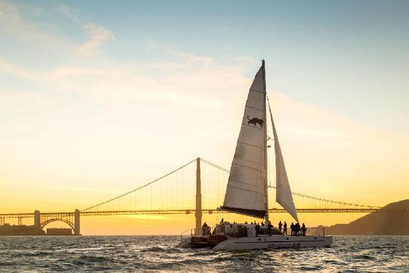 San Francisco Sunset Cruise: Alcatraz - Sausalito - Golden Gate Bridge