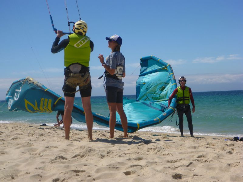 Rainbow Beach Kitesurfing Lesson 1 - Beach Basics
