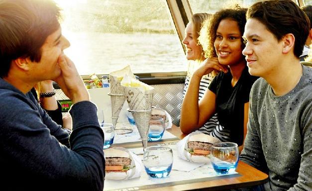 1.5-Hour Amsterdam Burger Cruise