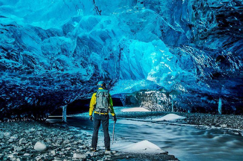 6-Day Iceland Ice Cave and South Shore Tour