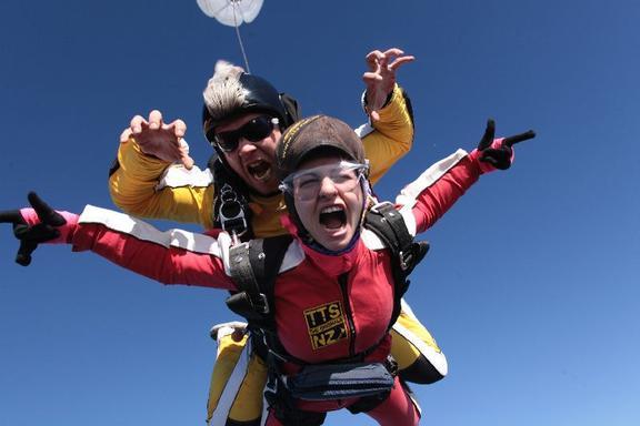 Lake Taupo Skydive - Tandem 15,000 Ft