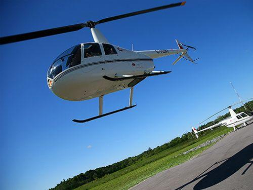 Ontario Ice Fishing & Helicopter Tour from Gananoque