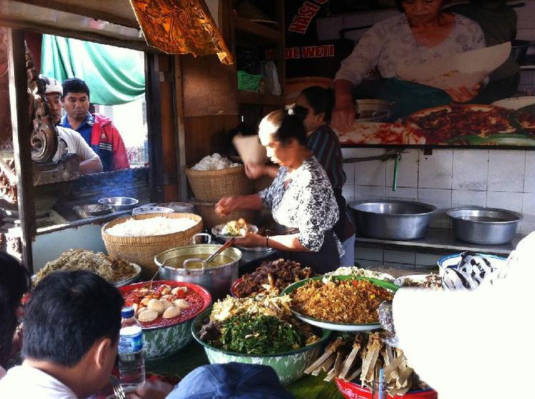 Private Bali Cultural Warung Food Tour