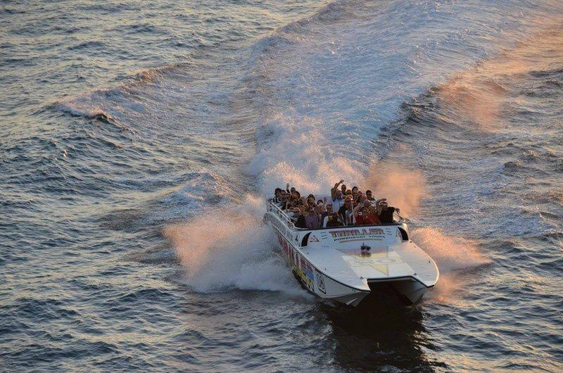 Miami Speedboat Tour to Star Island and South Beach