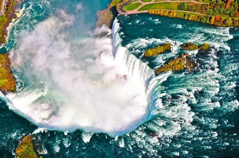1-Day Niagara Falls Tour From New York with Flight & Cruise