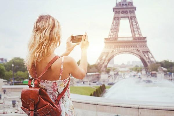 7-Day Madrid to Barcelona and Paris Holiday Package**w/ Madrid-Barajas Airport Pick-up Service**