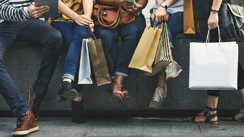Private Niagara Shopping Tour From Toronto