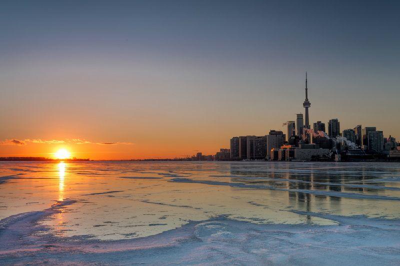 10-Day USA and Canada In-Depth Tour - Hotel in Niagara Falls:  Washington D.C., Toronto, Ottawa, Quebec and Boston