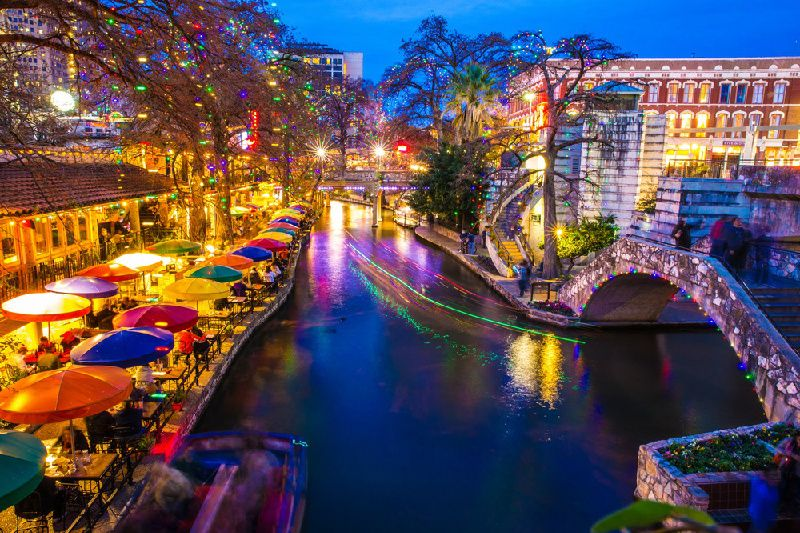San Antonio Hop-On Hop-Off Tour W/ Cruise, Tower of the America & Buckhorn Museum - 48 Hour