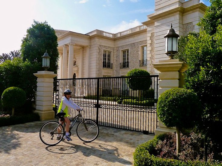 Hollywood Movie Stars' Homes Electric Bike Tour