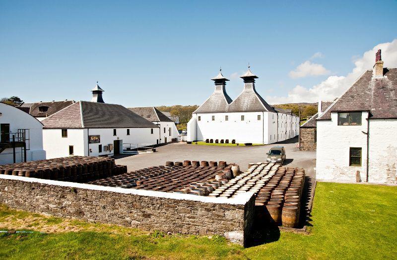 8-Day Scotland West Coast Explorer Tour: Islay - Iona - Mull - Isle of Skye