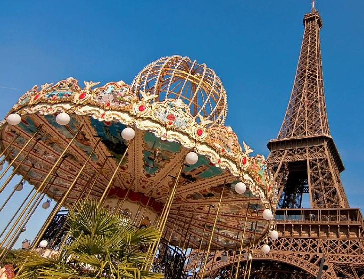 11-Day France, UK and Ireland Tour Package: Paris to Dublin
