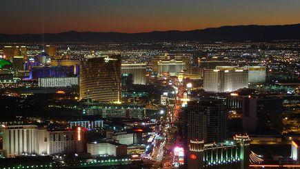 Los Angeles - Las Vegas Shuttle Bus (One Way/Round Trip)