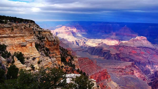 4-Day Death Valley, Grand Canyon & Las Vegas Bus Tour