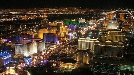 4-Day Las Vegas, West Grand Canyon (Skywalk) Bus Tour (LAX Airport Transfers)