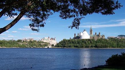 5-Day Canada Super Value Tour: Toronto, Ottawa, Montreal, Quebec, Thousand Islands and Niagara Falls