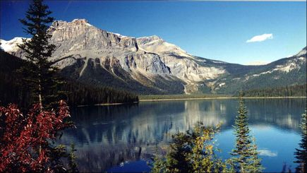 bus tour to usa from vancouver:6-Day Vancouver, Canadian Rockies, Banff & Glacier View Summer Tour Package