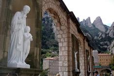 trip companions:Montserrat & Wine Country Day Trip (Spain)