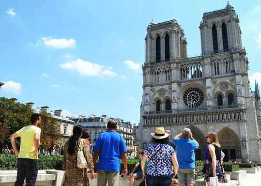 2-Hour Paris Classic Walking Tour